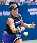 Bianca Andreescu (CAN) wins over Serena Williams (USA) 6-3, 7-5