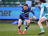 20th March 2021; Recreation Ground, Bath, Somerset, England; English Premiership Rugby, Bath versus Worcester Warriors; Ben Spencer of Bath passes down the line
