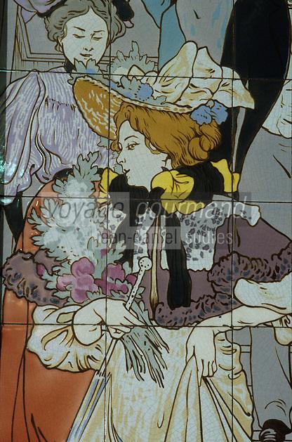"""Europe/France/Ile-de-France/Paris: """"BELLE-EPOQUE"""" - Restaurant """"Mollard"""" 113 rue St-Lazare [Non destiné à un usage publicitaire - Not intended for an advertising use]<br /> PHOTO D'ARCHIVES // ARCHIVAL IMAGES<br /> FRANCE 1990"""