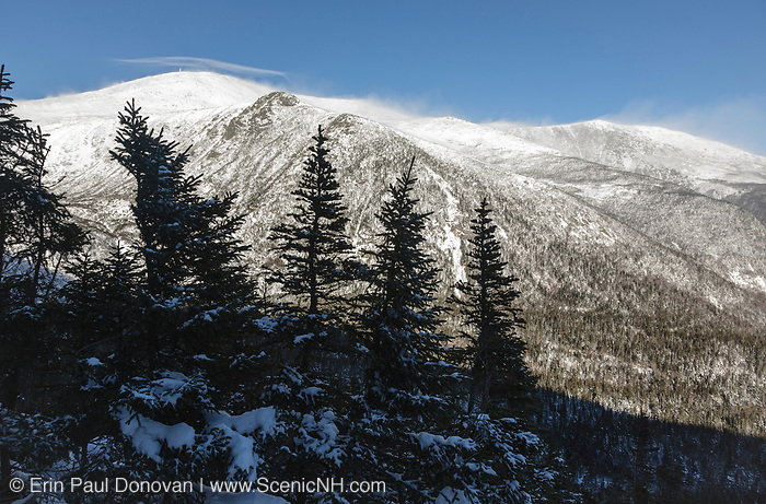 The eastern slopes of Mount Washington from Boott Spur Link Trail in the White Mountains, New Hampshire during the early winter months.