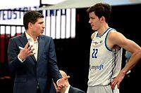 27-02-2021: Basketbal: Donar Groningen v Den Helder Suns: Groningen Donar coach Ivan Rudez met Donar speler Will Moreton
