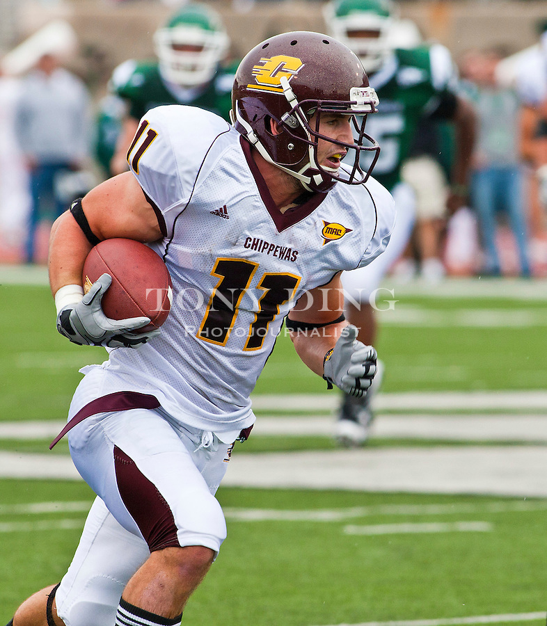 Central Michigan wide receiver Cody Wilson (11) rushes in the first quarter of an NCAA college football game with Eastern Michigan, Saturday, Sept. 18, 2010, in Ypsilanti, Mich. (AP Photo/Tony Ding)