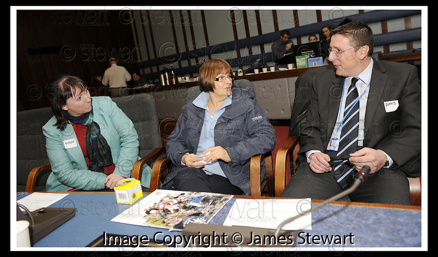 14/12/2009  Copyright  Pic : James Stewart.18_comm_celeb  .:: FALKIRK COUNCIL LITTER STRATEGY CHRISTMAS COMMUNITY CELEBRATION 2009 :: HOW TO IMPROVE OUR NEIGHBOURHOOD WORKSHOP INVOLVING BANKIER PRIMARY AND INCHES COMMUNITY COUNCIL :: .James Stewart Photography 19 Carronlea Drive, Falkirk. FK2 8DN      Vat Reg No. 607 6932 25.Telephone      : +44 (0)1324 570291 .Mobile              : +44 (0)7721 416997.E-mail  :  jim@jspa.co.uk.If you require further information then contact Jim Stewart on any of the numbers above.........