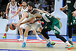 Real Madrid´s Sergio Llull and Zalgiris Kaunas´s James Anderson during 2014-15 Euroleague Basketball match between Real Madrid and Zalgiris Kaunas at Palacio de los Deportes stadium in Madrid, Spain. April 10, 2015. (ALTERPHOTOS/Luis Fernandez)