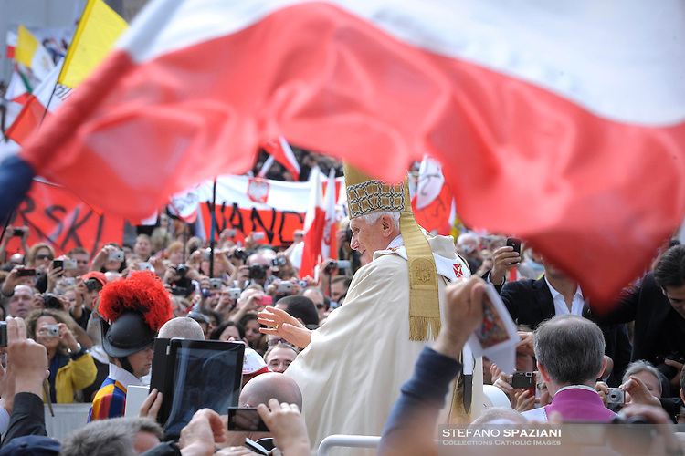 May 1, 2011, Pope Benedict XVI (C) leads the beatification ceremony of Pope John Paul II in St. Peter's square in the Vatican