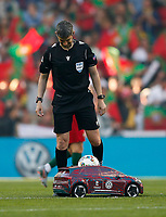 A remote controlled car delivers the match ball to the referee before the UEFA Nations League Final match between Portugal and Netherlands at Estadio do Dragao on June 9th 2019 in Porto, Portugal. (Photo by Daniel Chesterton/phcimages.com)<br /> Finale <br /> Portogallo Olanda<br /> Photo PHC/Insidefoto <br /> ITALY ONLY