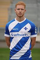 Leon Müller (SV Darmstadt 98) - 27.08.2020: SV Darmstadt 98 Mannschaftsfoto, Stadion am Boellenfalltor, 2. Bundesliga, emonline, emspor<br /> <br /> DISCLAIMER: <br /> DFL regulations prohibit any use of photographs as image sequences and/or quasi-video.