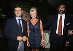 ALFONSO PECORARO SCANIO CON IVANA TRUMP E LUCA BARBARESCHI<br /> SERATA POESIA - CASA RIPA DI MEANA<br /> ROMA 2001