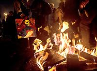 BOGOTA - COLOMBIA, 28-05-2021: Manifestaciones el 28 mayo de 2021, en el sector de Las Américas, al cumplirse el primer mes de Paro Nacional en contra del gobierno de Ivan Duque además de la precaria situación social y económica que vive Colombia. El paro fue convocado por sindicatos, organizaciones sociales, estudiantes y la oposición. / Demostrations on May 28, 2021, at Las Americas sector, at the end of the first month of the National Strike against the government of Ivan Duque in addition to the precarious social and economic situation that Colombia is experiencing. The strike was called by unions, social organizations, students and the opposition. Photo: VizzorImage / Alejandra Zapata / Cont