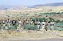 Irak 1985.Dans les zones libérées, région de Lolan, Dr Said Barzani avec ses peshmergas  Iraq 1985 In liberated areas, Lolan district, Dr Said Barzani with  his peshmergas