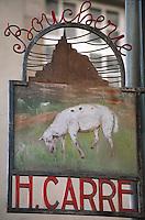 Europe/France/Bretagne/35/Ille-et-Vilaine/Saint-Malo: Ancienne enseigne d'une boucherie représentant un agneau de pré salé du Mont Saint Michel