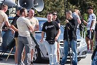 """Nazidemonstration in Frankfurt an der Oder.<br /> Ca. 120 Nazis aus Berlin und Brandenburg zogen am Samstag den 3. September 2016 mit einer Demonstration durch Frankfurt an der Oder. Angekuendigt war der Aufmarsch als grenzuebergreifende Demonstration von deutschen und polnischen Nazis gegen Islam und Fluechtlinge, es nahmen jedoch nur zwei Personen aus Polen teil.<br /> In Redebeitraegen und Parolen wurde gegen die """"Kriminalitaet aus Osteuropa"""" gehetzt und behauptet es faende eine """"gewollte Uberfremdung der deutschen Heimat durch Fluechtlinge"""" statt.<br /> Angefuehrt wurde die Demonstration von der Oderbruecke zum Bahnhof von der rechtsextremen Kleinstpartei """"Der 3. Weg"""". Des Weiteren nahmen Mitglieder von """"unabhaengigen Buergerinitiativen"""" gegen Fluechtlinge, der NPD, sog. Freien Kameradschaften und Mitgliedern der rechtsextremen Gruppe """"Die Identitaeren"""" teil.<br /> Einige Personen einer Gegendemonstration versuchten mit Sitzblockaden die rechtsextreme Demonstration zu verhindern, die Polizei fuehrte die Nazis jedoch an den Blockierern vorbei. Vereinzelt wurden Personen, die versuchten die Demonstrationsroute zu blockieren, von der Polizei mit Tritten und Schlagstockeinsatz von der Strasse vertrieben.<br /> In der Bildmitte: Ein Rechtsextremer mit einem T-Shirt """"Radio FSN"""", einem Internet-Radio fuer rechtsextreme Inhalte.<br /> 3.9.2016, Frankfurt an der Oder<br /> Copyright: Christian-Ditsch.de<br /> [Inhaltsveraendernde Manipulation des Fotos nur nach ausdruecklicher Genehmigung des Fotografen. Vereinbarungen ueber Abtretung von Persoenlichkeitsrechten/Model Release der abgebildeten Person/Personen liegen nicht vor. NO MODEL RELEASE! Nur fuer Redaktionelle Zwecke. Don't publish without copyright Christian-Ditsch.de, Veroeffentlichung nur mit Fotografennennung, sowie gegen Honorar, MwSt. und Beleg. Konto: I N G - D i B a, IBAN DE58500105175400192269, BIC INGDDEFFXXX, Kontakt: post@christian-ditsch.de<br /> Bei der Bearbeitung der Dateiinformationen darf die Urhe"""