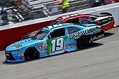 NASCAR Xfinity Series<br /> ToyotaCare 250<br /> Richmond International Raceway, Richmond, VA USA<br /> Saturday 29 April 2017<br /> Matt Tifft, Wastebits Toyota Camry<br /> World Copyright: RUSTY JARRETT<br /> LAT Images<br /> ref: Digital Image 17RIC1rj_3804