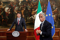 Matteo Renzi e Giovanni Malago'<br /> Roma 12-10-2016. Palazzo Chigi. Conferenza stampa di Presentazione del piano 'Sport e Periferie'.<br /> Rome 12th October 2016. Palazzo Chigi. Press conference to present the plan 'Sport and suburbs'.<br /> Foto Samantha Zucchi Insidefoto