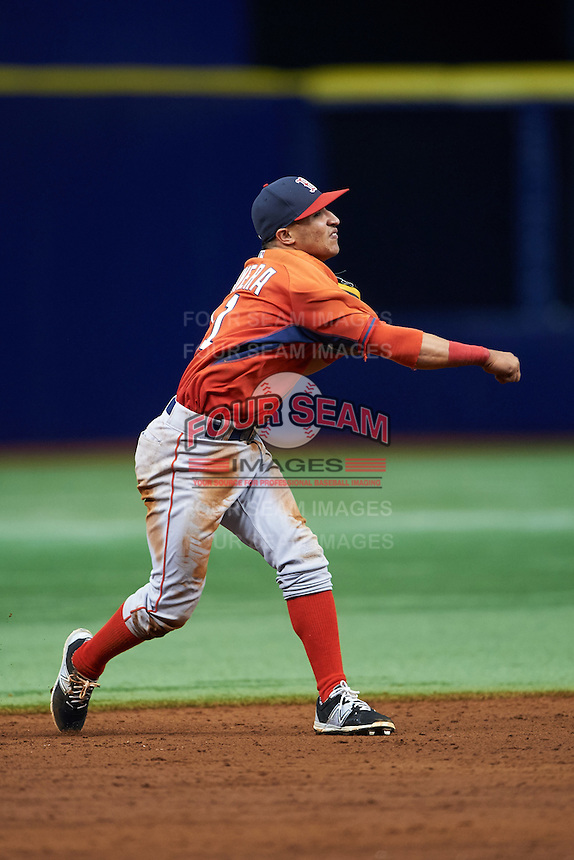 Boston Red Sox Jeremy Rivera (11) during an instructional league game against the Tampa Bay Rays on September 24, 2015 at Tropicana Field in St Petersburg, Florida.  (Mike Janes/Four Seam Images)