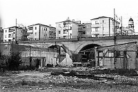 Milano, quartiere greco, periferia nord. Ponte della ferrovia --- Milan, Greco district, north periphery. Railway bridge