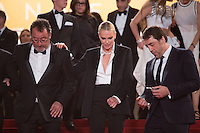 Jean Reno, Charlize Theron, Javier Bardem - CANNES 2016 - DESCENTE DU FILM 'THE LAST FACE'