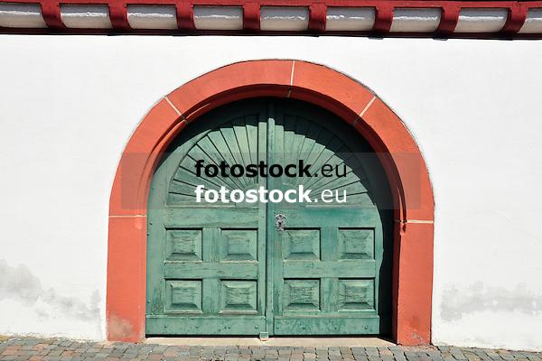 Tor am Fachwerk-Rathaus von Hohen-Suelzen