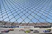 Monster Energy NASCAR Cup Series<br /> AAA 400 Drive for Autism<br /> Dover International Speedway, Dover, DE USA<br /> Sunday 4 June 2017<br /> Denny Hamlin, Joe Gibbs Racing, FedEx Express Toyota Camry and Erik Jones, Furniture Row Racing, 5-hour ENERGY Extra Strength Toyota Camry<br /> World Copyright: Nigel Kinrade<br /> LAT Images<br /> ref: Digital Image 17DOV1nk12802