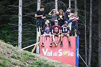 29th August 2021; Commezzadura, Trentino, Italy; 2021 Mountain Bike Cycling World Championships, Val di Sole; Downhill; Downhill final men, Fans cimb for a better view