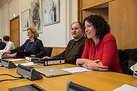 """2. Sitzungstag des Berliner """"Amri-Untersuchungsausschuss"""".<br /> Am Freitag den 8. September 2017 fand die 2. Sitzung des sogenannte """"Amri-Untersuchungsausschuss des Berliner Abgeordnetenhaus. Statt. Der 1. Untersuchungsausschuss der 18. Wahlperiode will versuchen die diversen Unklarheiten im Fall des Weihnachtsmarkt-Attentaeters zu aufzuklaeren.<br /> Im Bild: Bettina Jarasch, stellv. Obfrau von Buendnis 90/Die Gruenen im Ausschuss.<br /> 8.9.2017, Berlin<br /> Copyright: Christian-Ditsch.de<br /> [Inhaltsveraendernde Manipulation des Fotos nur nach ausdruecklicher Genehmigung des Fotografen. Vereinbarungen ueber Abtretung von Persoenlichkeitsrechten/Model Release der abgebildeten Person/Personen liegen nicht vor. NO MODEL RELEASE! Nur fuer Redaktionelle Zwecke. Don't publish without copyright Christian-Ditsch.de, Veroeffentlichung nur mit Fotografennennung, sowie gegen Honorar, MwSt. und Beleg. Konto: I N G - D i B a, IBAN DE58500105175400192269, BIC INGDDEFFXXX, Kontakt: post@christian-ditsch.de<br /> Bei der Bearbeitung der Dateiinformationen darf die Urheberkennzeichnung in den EXIF- und  IPTC-Daten nicht entfernt werden, diese sind in digitalen Medien nach §95c UrhG rechtlich geschuetzt. Der Urhebervermerk wird gemaess §13 UrhG verlangt.]"""