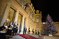French President Francois Hollande waits for a guest at the Elysee Palace in Paris, France December 20, 2016. # FRANCOIS HOLLANDE RECOIT MACKY SALL POUR LE DINER A L'ELYSEE