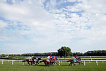 August 10, 2019 : The field enters the first turn during the Secreteriat Stakes during Arlington Million Day at Arlington International Racecourse in Arlington Heights, Illinois. Valid Point, ridden by Javier Castellano, won the race. Jon Durr/Eclipse Sportswire/CSM