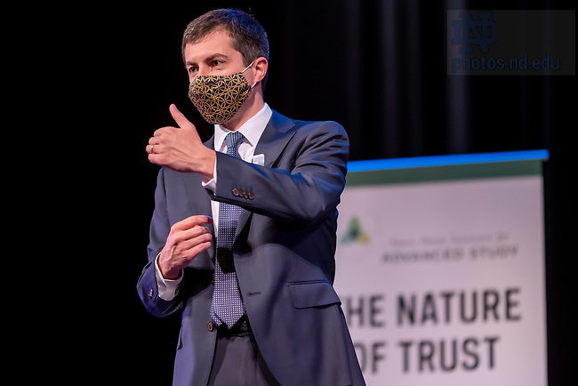 November 9, 2020; Former South Bend mayor and presidential candidate Pete Buttigieg speaks at a town hall meeting co-hosted by Notre Dame Student Government and the Notre Dame Institute for Advanced Study. (Photo by Matt Cashore/University of Notre Dame)
