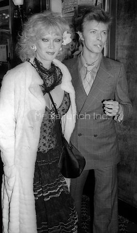 Monique Van Vooren and David Bowie 1977<br /> Photo By Adam Scull/PHOTOlink/MediaPunch