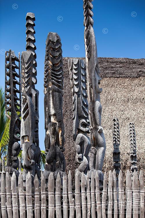 Guardian statues or ki'i in Pu'uhonua o Honaunau National Historical Park (City of Refuge), Big Island.