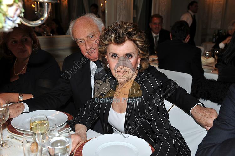MASSIMO E FRANCA LEOSINI<br /> PREMIO GUIDO CARLI - SECONDA  EDIZIONE<br /> RICEVIMENTO A CASINA VALADIER  ROMA 2011