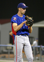August 15, 2003:  Pitcher Jim Henderson of the Vermont Expos, Short Season Class-A affiliate of the Montreal Expos, during a NY-Penn League game at Dwyer Stadium in Batavia, NY.  Photo by:  Mike Janes/Four Seam Images