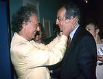 GIAMPIERO MUGHINI CON WALTER VELTRONI<br /> MOSTRA FUTURISMO - GALLERIA NAZIONALE ROMA 2001