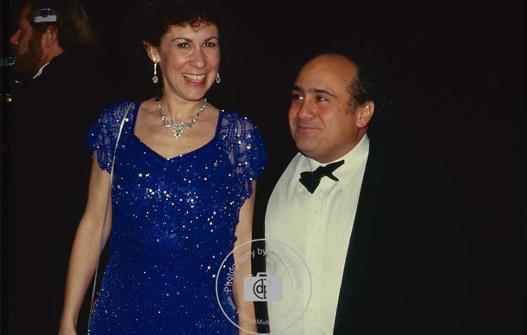 Rhea Perlman & Danny Devito