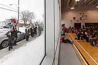 Manifestation des juristes a l'exterieur lors de <br /> Inauguration Ecole St-Philippe, le 18 Janvier 2017 en presence du Ministre de l'Education Sebastien Roberge<br /> <br /> PHOTO : Agence Quebec Presse
