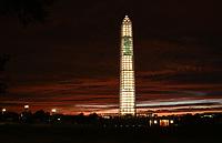 Washington Monument in its post-earthquake scaffolding.