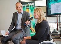 10-01-13,Tennis,  Schipluiden, Restaurant Zwetheul, Persconferentie 40e ABNAMROWTT, Esther Vergeer wordt geïnterviewd door Ruud van Os over de ontwikkelingen rond het 5e rolstoel toernooi.