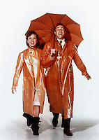 Prod DB © MGM / DR<br /> CHANTONS SOUS LA PLUIE (SINGIN' IN THE RAIN) de Stanley Donen et Gene Kelly 1954 USA avec Debbie Reynolds et Gene Kelly<br /> parapluie<br /> come?die musicale MGM<br /> code 1546
