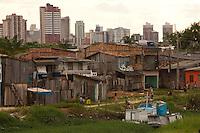Palafitas e favelas no bairro da Terra Firme.<br /> No bairro da Terra Firme um dos mais pobres com o maior índice de violência do estado.<br /> 01/06/2011.<br /> Belém, Pará, Brasil.<br /> Foto Paulo Santos