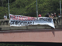 Recife (PE), 31/03/2021 - Nesta quarta-feira (31) movimentos sindicais fizeram um protesto no Monumento Tortura Nunca Mais, que homenageia as vitimas da ditadura. Hoje eles protestam contra o golpe com faixas espalhadas no centro de Recife.