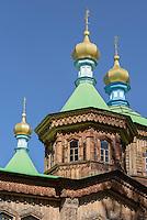 Hölzerne Orthodoxe Dreifaltigkeit-Kirche in Karakol, Kirgistan, Asien<br /> Wooden Orthodox Holy Trinity Church in Karakol, Kirgistan, Asia