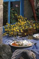 Europe/France/Bretagne/56/Morbihan/Port Navalo: médaillon de lotte aux lentilles corail recette de Mr Adam chef du restaurant le Grand Largue