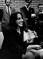 Joan Baez<br /> <br /> <br /> Philp, Barry<br /> Picture, 1967- Toronto Star Archives - AQP