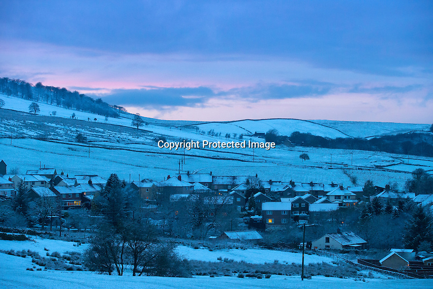 12/01/17<br />  <br /> The sun sets over a snowy landscape above Buxton in the Derbyshire Peak District.<br /> <br /> All Rights Reserved F Stop Press Ltd. (0)1773 550665   www.fstoppress.com