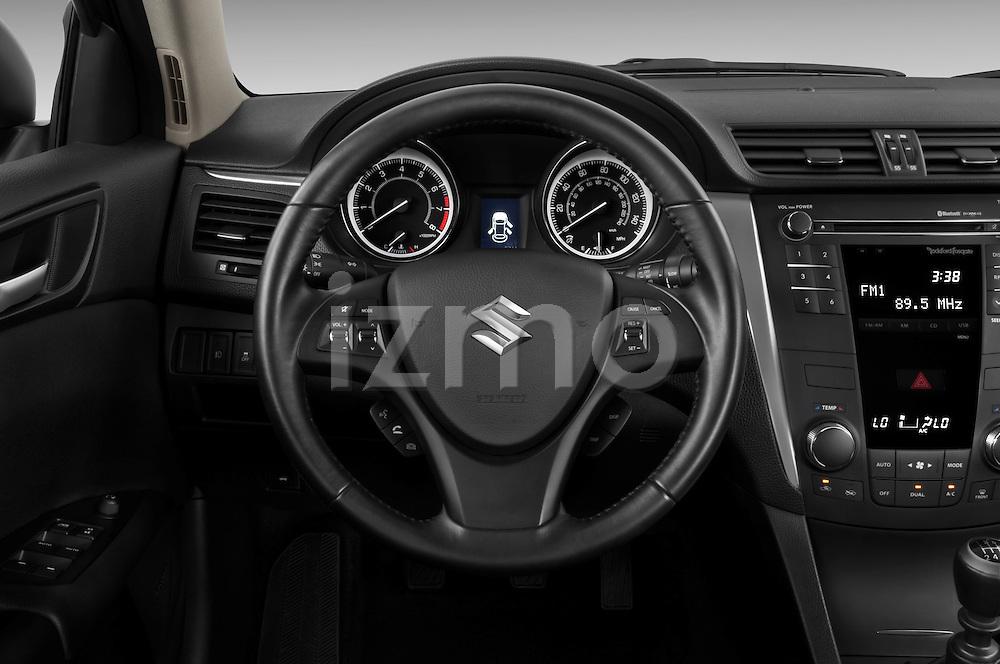 Steering wheel view of a 2010 Suzuki Kizashi SLS