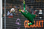 Nederland, Rotterdam, 24 september 2015<br /> KNVB Beker<br /> Seizoen 2015-2016<br /> Feyenoord-PEC Zwolle (3-0)<br /> Mickey van der Hart, keeper (doelman) van PEC Zwolle duikt naar de bal