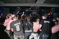 ANTHRAX live @ Live Club, Trezzo sull'Adda (Milano). La ressa del pogo --- ANTHRAX live @ Live Club, Trezzo sull'Adda (Milan). Moshing