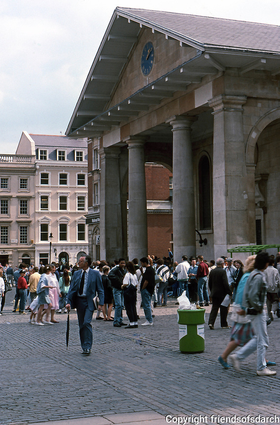 "London: Covent Garden. St. Paul's Church, 1631--restored after fire in 1795. Inigo Jones. The East Portico is not the main entrance but ""only a monumental shelter:...Summerson.  Photo 1987."