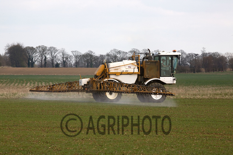 Self Propelled Crop Sprayer Spraying Wheat