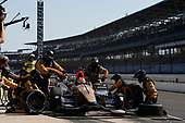 Verizon IndyCar Series<br /> IndyCar Grand Prix<br /> Indianapolis Motor Speedway, Indianapolis, IN USA<br /> Saturday 13 May 2017<br /> James Hinchcliffe, Schmidt Peterson Motorsports Honda, pit stop<br /> World Copyright: Michael L. Levitt<br /> LAT Images
